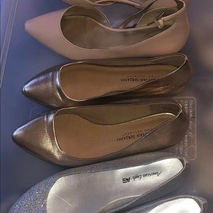 Bundle of three pairs of  flats